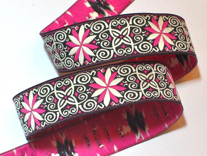 "Pinwheel Zinnia118 1"" x 3 yards Hot Pink, Black and Creme"