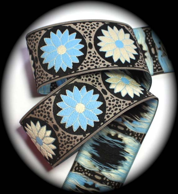 "DAISY DOT FLOWER33 1 1/2"" (10 YDS)BLACK/KHAKI/BLUE/IVORY"