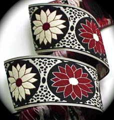 "DAISY DOT FLOWER7 1 7/8"" BURGANDY/NATURAL/BLACK- 3YDS"