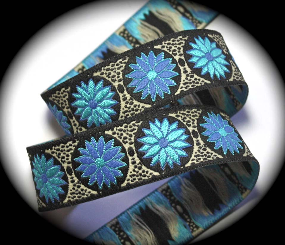 "Daisy Dot Flower13DA - 5/8"" Blk, Turquoise and Periwinkle (25 yd"
